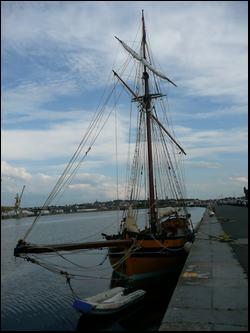 Bateau ancré à Saint Malo